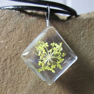 Yellow flower in resin pendant necklace 327